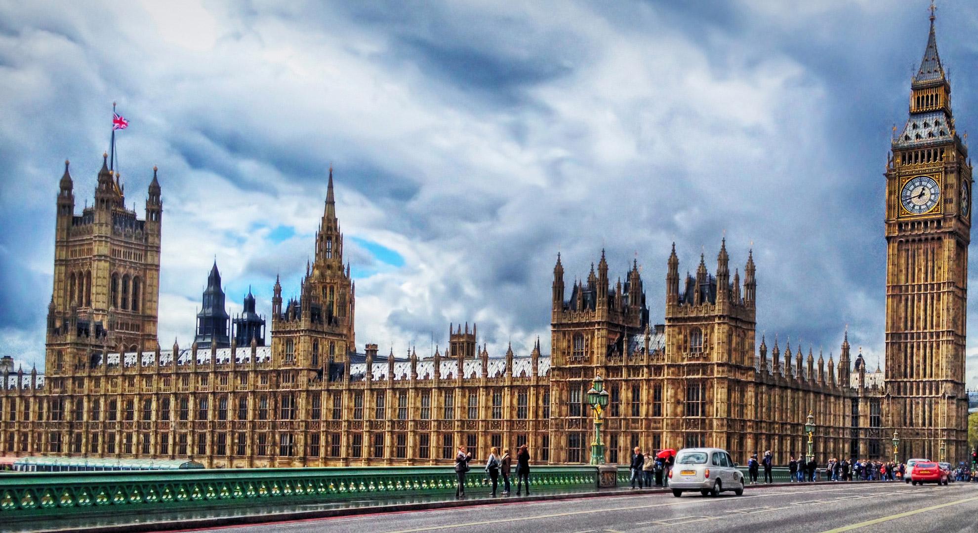 το Λονδίνο μόνο επαγγελματίες που χρονολογούνται χρονολόγηση ξεπλύματος χρήματος