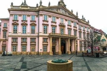 Το Παλάτι του Αρχιεπισκόπου Primatial Palace